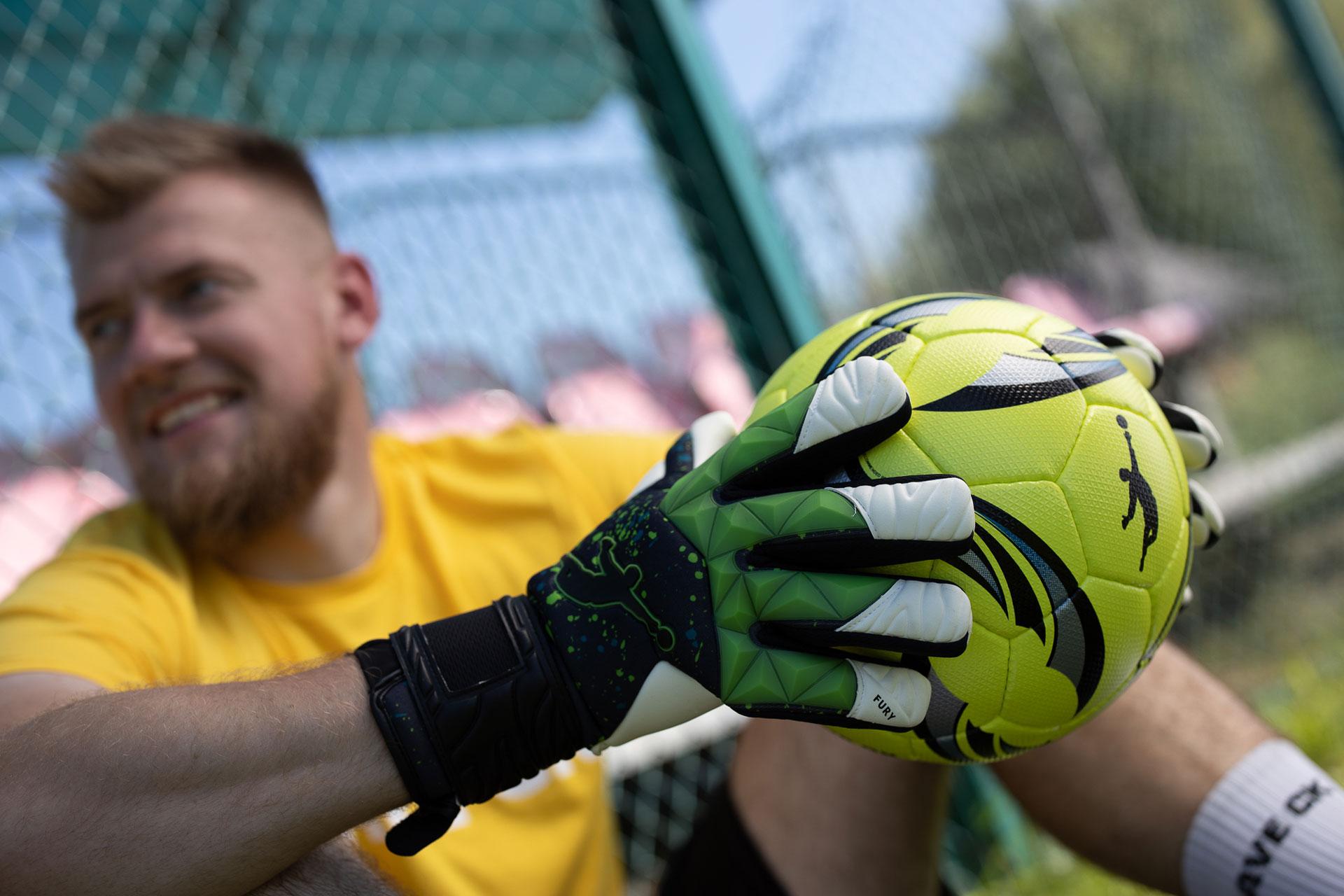 Нова колекція воротарських рукавиць Brave GK - ексклюзивний дизайн і функціональність - офіційний інтернет-магазин Brave GK