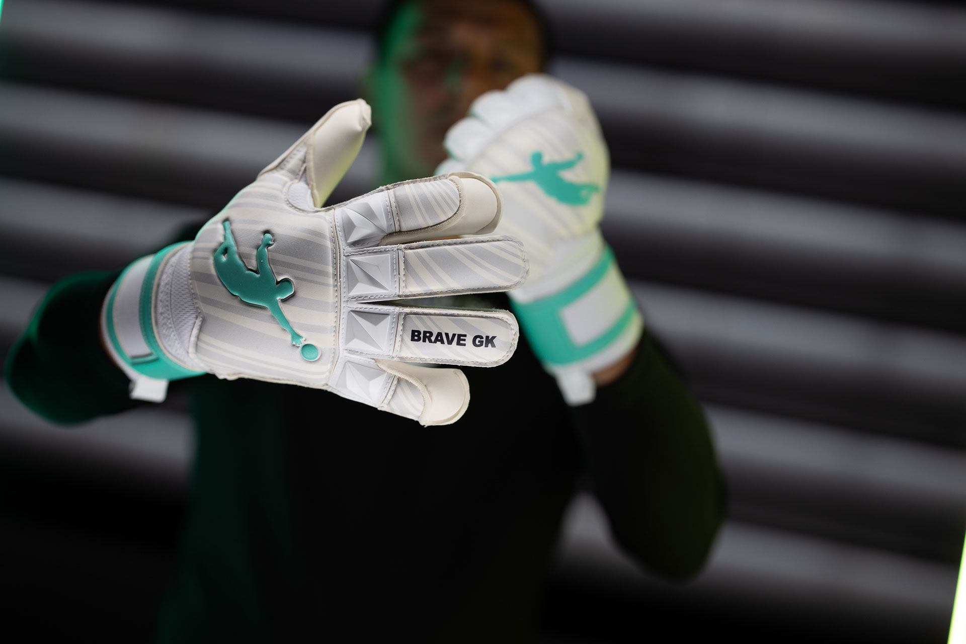Воротарські рукавиці Brave GK Rescuer Turquoise - офіційний інтернет-магазин Brave GK